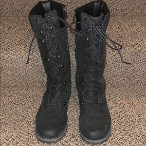Timberland juniors Asphalt Trail Boots Size 5.5